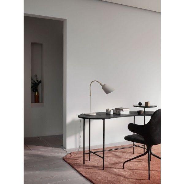 https://www.fundesign.nl/media/catalog/product/a/n/andtradition-bellevue-tafellamp-palette-tafel-catch-swivel-moor-rug-sfeer_11.jpg