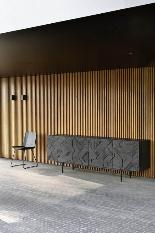 Ethnicraft Graphic teak dressoir-3 deurs