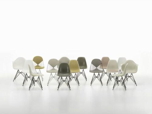 Vitra Eames DAW stoel met essen onderstel-Helder grijs
