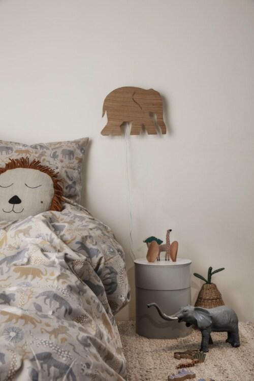 Ferm Living Elephant wandlamp-Gerookt eiken
