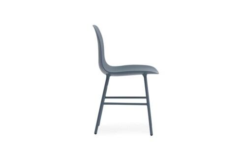 Normann Copenhagen Form stoel met stalen onderstel-Blauw
