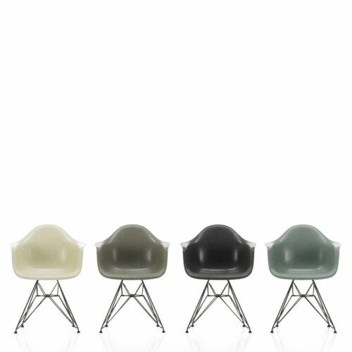 Vitra Eames DAR Fiberglass stoel met zwart onderstel-Sea Foam Green