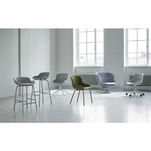 Normann Copenhagen Hyg barkruk full upholstery-Zand-Zithoogte 65 cm