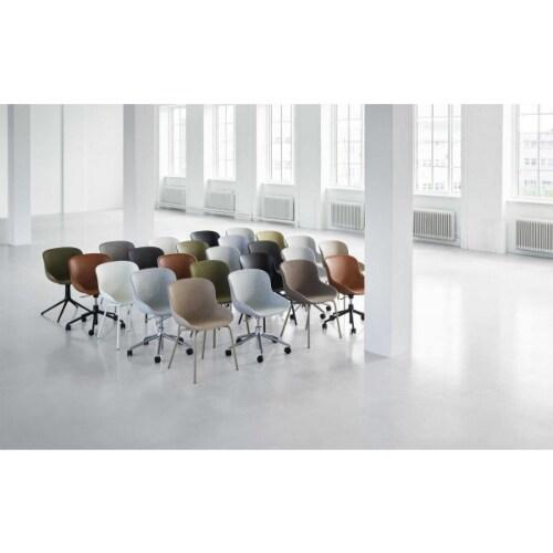 Normann Copenhagen Hyg Swivel bureaustoel full upholstery-Zand