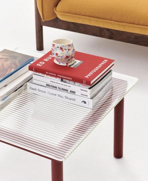 HAY Kofi salontafel 80x80 cm-Grey Tinted Glass-Rood water-based gelakt eiken