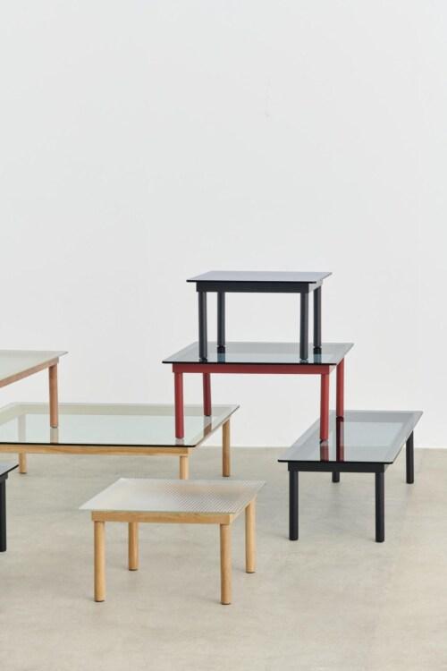 HAY Kofi salontafel 80x80 cm-Clear Reeded Glass-Walnoot
