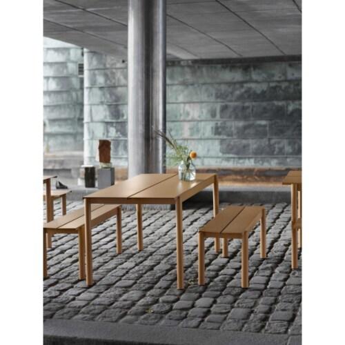 muuto Linear tafel 140x80-Donker groen