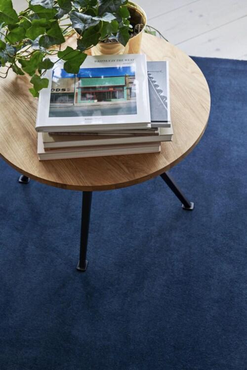 HAY Pyramid 51 tafel-Zwart-45,5x54 cm-Geolied eiken