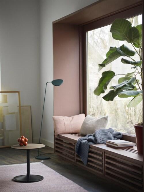 muuto Soft bijzettafel-Solid Smoked Oak/Black-48x48 cm (Øxh)