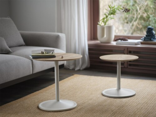 muuto Soft bijzettafel-Solid Oak/Off-White-48x40 cm (Øxh)