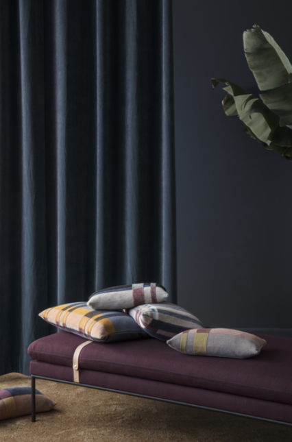 Ferm Living Turn Daybed bank katoen zwarte band-L. Grey/D.Grey