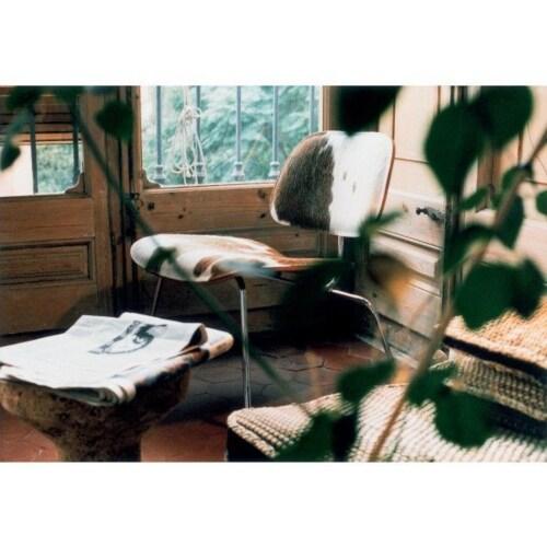 Vitra Eames LCM Calf's Skin fauteuil-Vacht zwart/wit