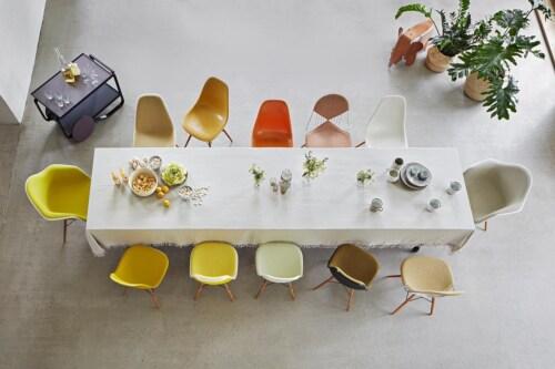 Vitra Eames DAX stoel met wit onderstel-Graniet grijs