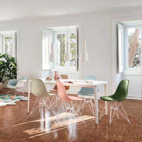 Vitra Eames DSR stoel met wit onderstel-IJsgrijs