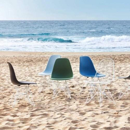 Vitra Eames DSR stoel met wit onderstel-Diepzwart