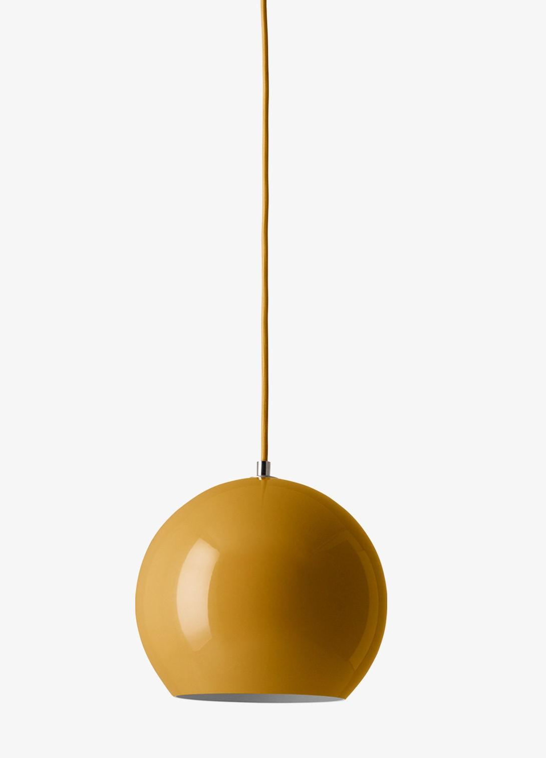 tradition Topan VP6 hanglamp Mosterd